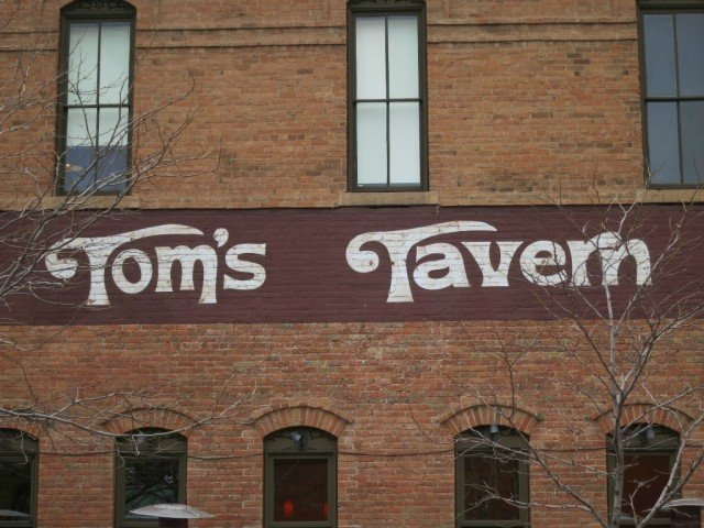 historic Boulder, Tom's Tavern on side of building