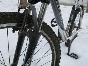 mouintain bike in snow