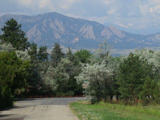 boulder spanish hills mountain view