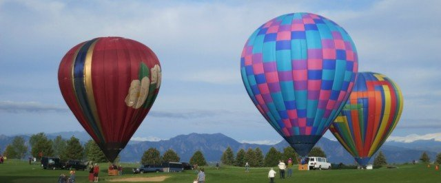 balloons launching at the 2015 erie balloon festival