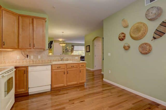 kitchen showing appliances